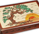 Close-up detail of our Japanese Pine wooden box.
